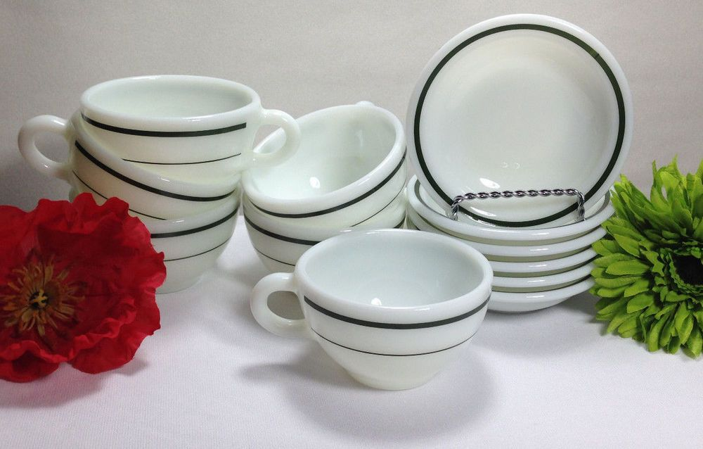 12 Pyrex Tableware RESTAURANT CUPS MUGS u0026 BERRY BOWLS RETRO MILK GLASS 701 u0026 706 # & 12 Pyrex Tableware RESTAURANT CUPS MUGS u0026 BERRY BOWLS RETRO MILK ...
