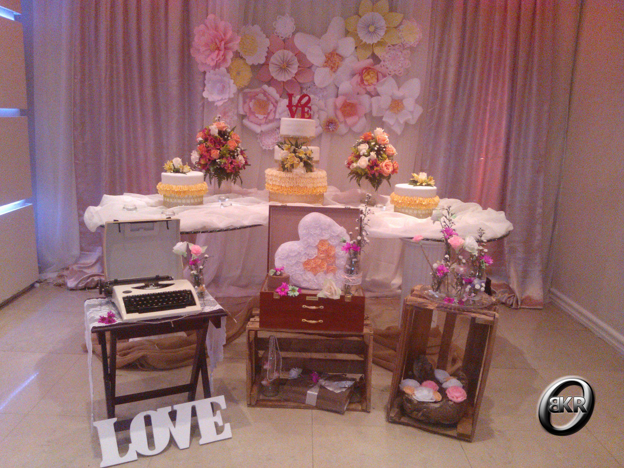 Decoraci n vintage para una boda mis decoraciones para for Decoracion fiesta vintage