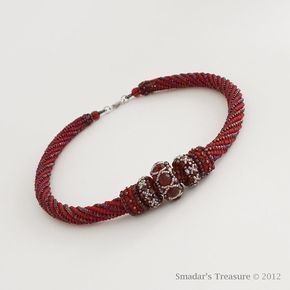 Garnet Red and Blue Beaded Rope Necklace with por SmadarsTreasure