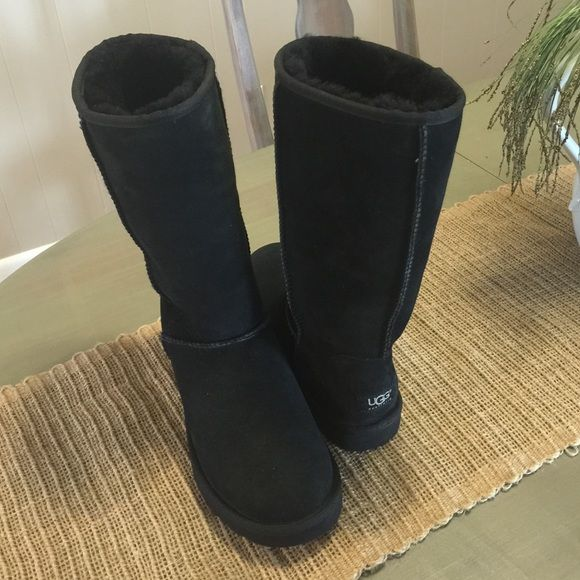 64f7dc3a9fb NWOT UGG Classic Tall Boot 100% Authentic UGG. Color:Black. Height ...