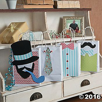 Dress up your guys gifts in style with these diy manly bags fun dress up your guys gifts in style with these diy manly bags fun for fathers solutioingenieria Choice Image