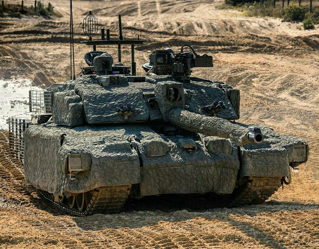 3ec548bfa5b0 Challenger 2 TES (Megatron) fitted with a Mobile Camouflage System - British  Army MBT