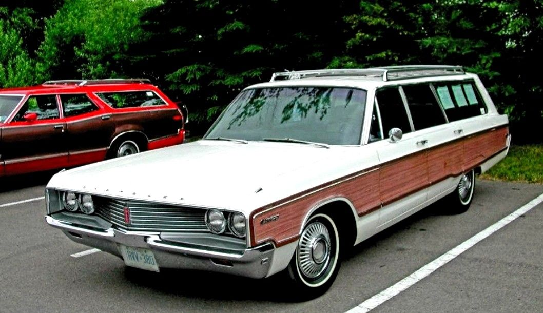 1968 Chrysler Town Country Station Wagon Chrysler Town And
