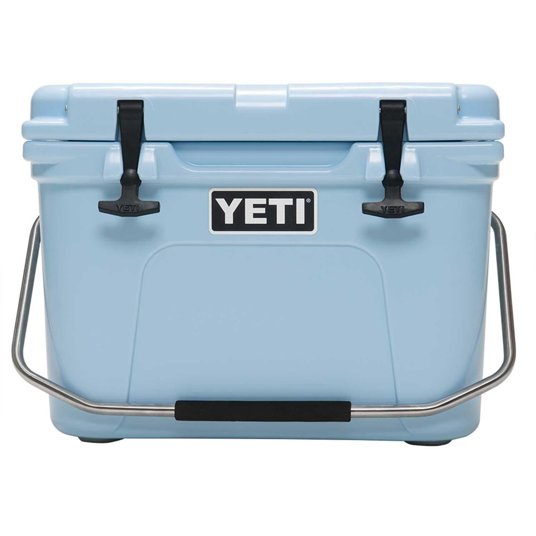 Yeti Roadie 20 In Cooler Blue 160 Yeti Roadie Yeti Cooler Yeti Tundra