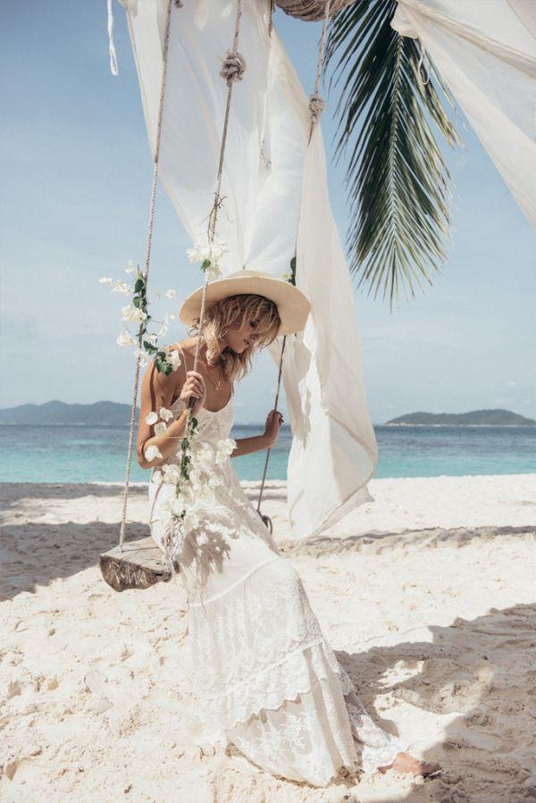imagen 135 vestido de novia playero realizado en encaje y algodón de