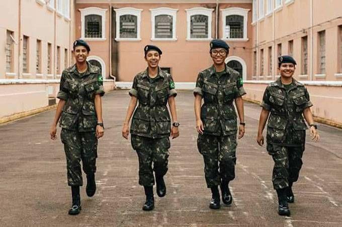 Exercito Brasileiro Comeca A Treinar Mulheres Para O Front