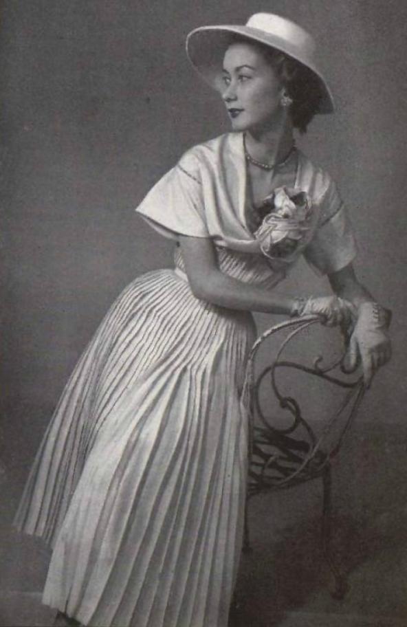 1952 Jeanne Lafaure