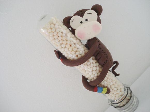Vanessa Biscuit - Tubete com o tema Safari ,ideal pra presentear convidados em festas infantis. Quantidade mínima de 20 unidades. Conteúdo do tubete não incluso. R$ 5,95