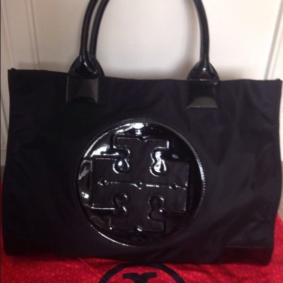 db6ad0adecd Barely Carried Tory Burch Ella Black Logo Nylon Authentic Tory Burch Ella  Black Logo Nylon Large