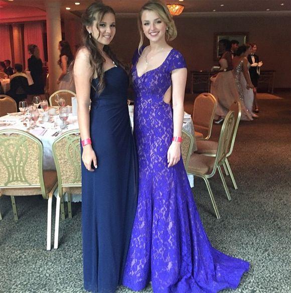Alicia Moffet de La Voix nous montre sa robe de bal | HollywoodPQ.com