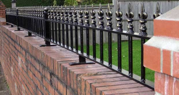 Image Result For Brick Garden Wall Railing Brackets | Railings