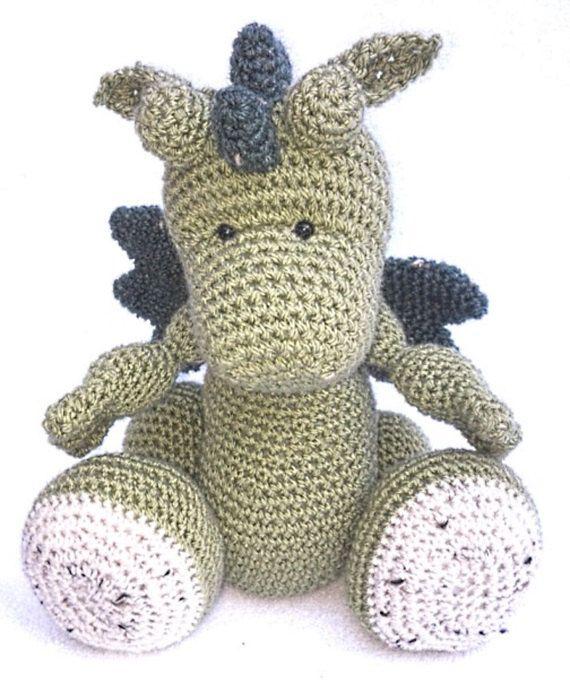 Amigurumi Crochet Dragon Hatchling  Pattern Only von CraftyThreads, $4.50, häkeln,  Häkelanleitung,  Drache gehäkelt