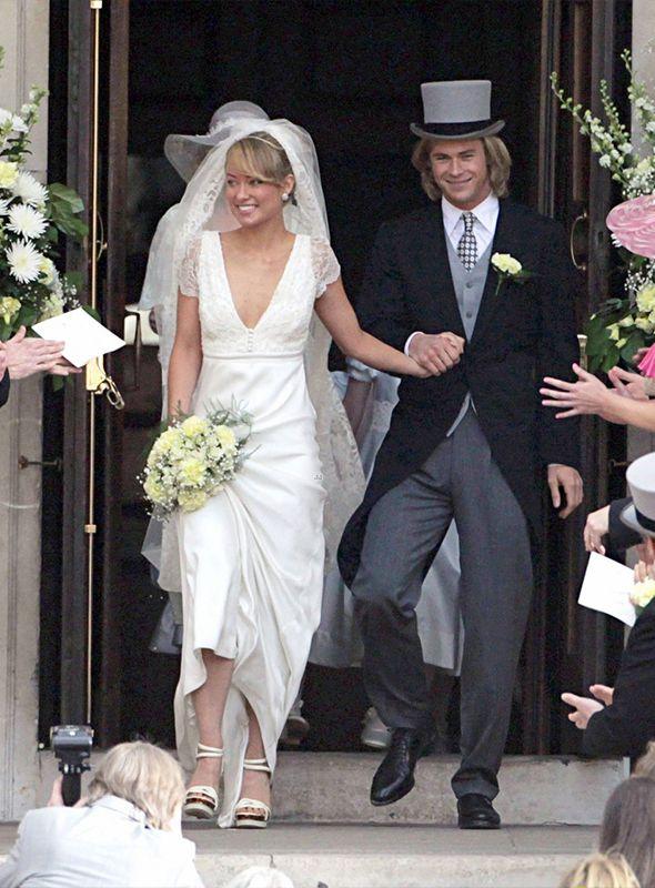 "Vestido de noiva de Olivia Wilde em ""Rush"". #casamento #famosos #vestidodenoiva #OliviaWilde"