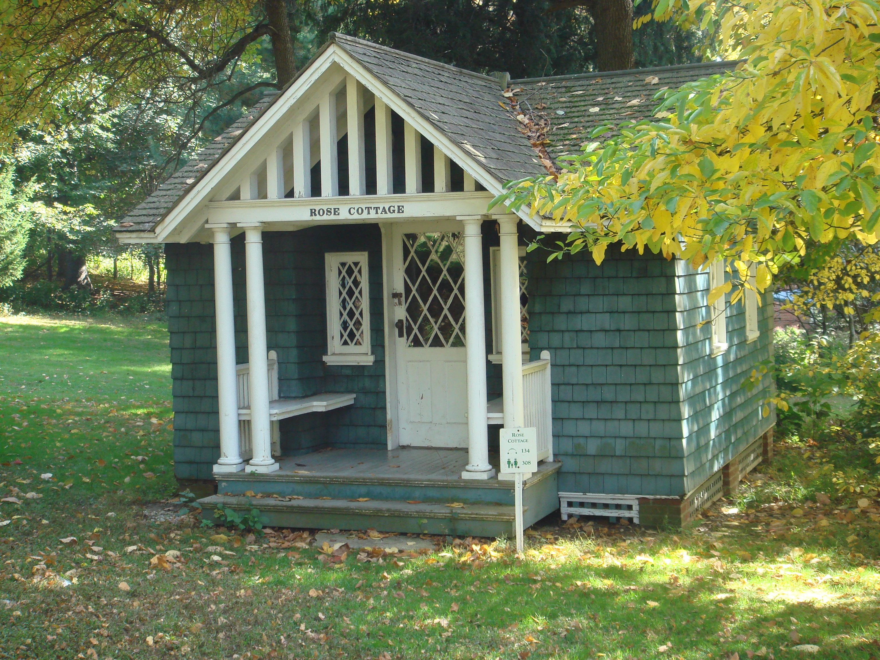 Inspiration For The Playhouse At Linhaven Castle Rose Cottage At
