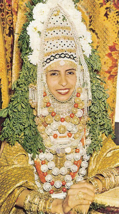 Jewish yemenite bride israel and yet love is all the for Ancient jewish wedding dress