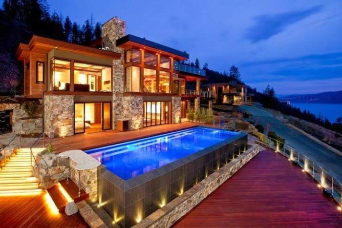 fachada casa moderna con madera
