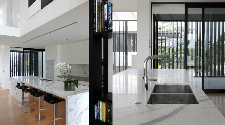 Lucerne House in Auckland, New Zealand by Daniel Marshall Architects ...
