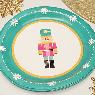 These cute disposable plates are festive without the hassle #party #decor #theme #holiday  sc 1 st  Pinterest & These cute disposable plates are festive without the hassle #party ...