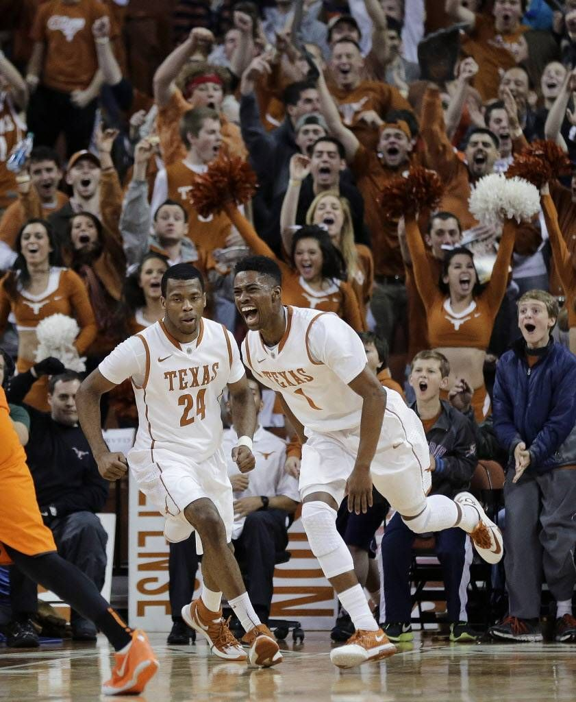Texas, minus Jonathan Holmes, blows out Oklahoma State