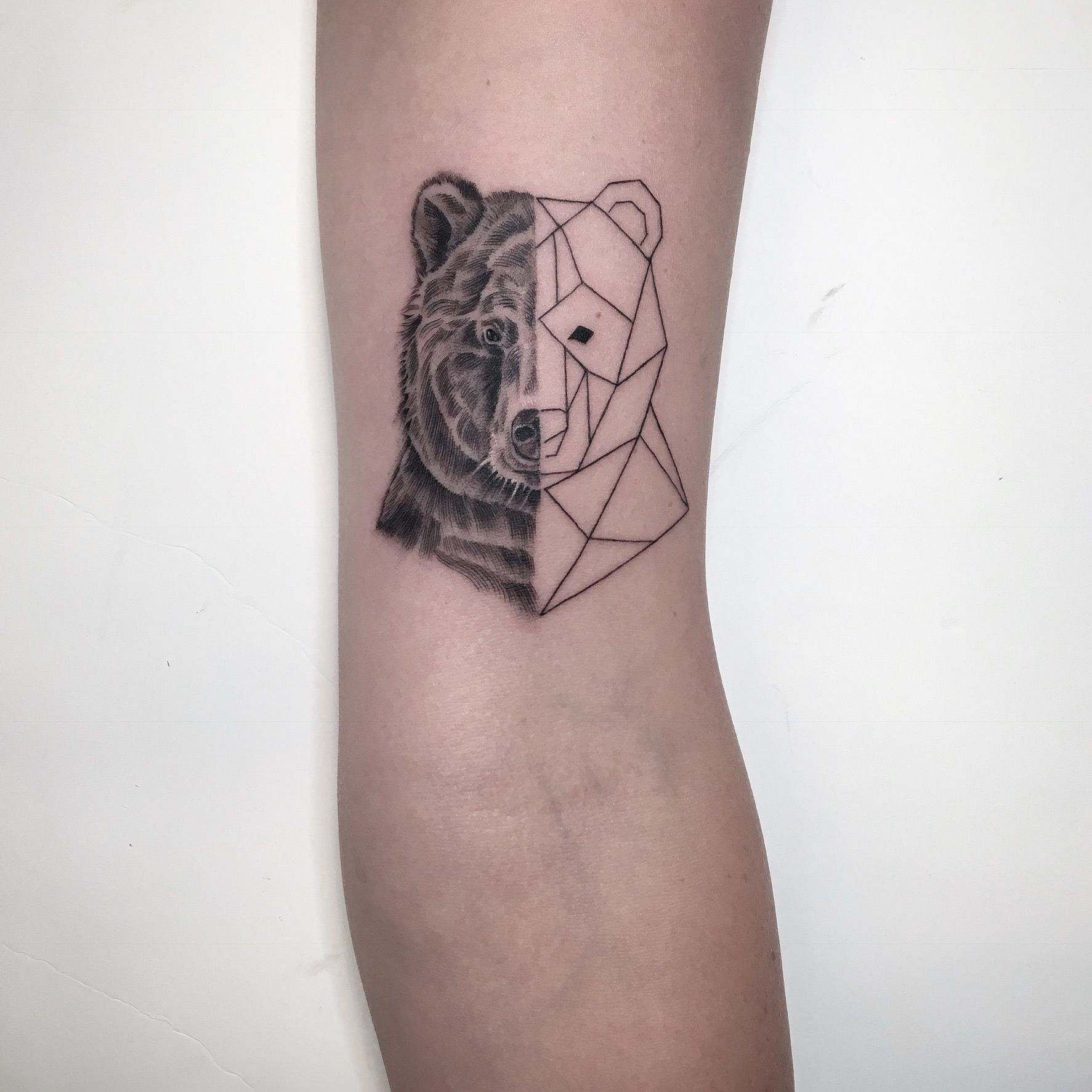 Dcmtattoos Singleneedle Fineline Tattoo Dcmtattoos Geometrictattoo Bear Beartattoo Single Needle Tattoo Tattoos Geometric Tattoo