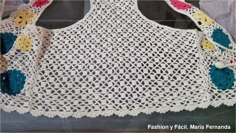 Aprovecha tu flores de crochet y arma un chaleco con flores (Take advantage of your crocheted flowers a make a vest)
