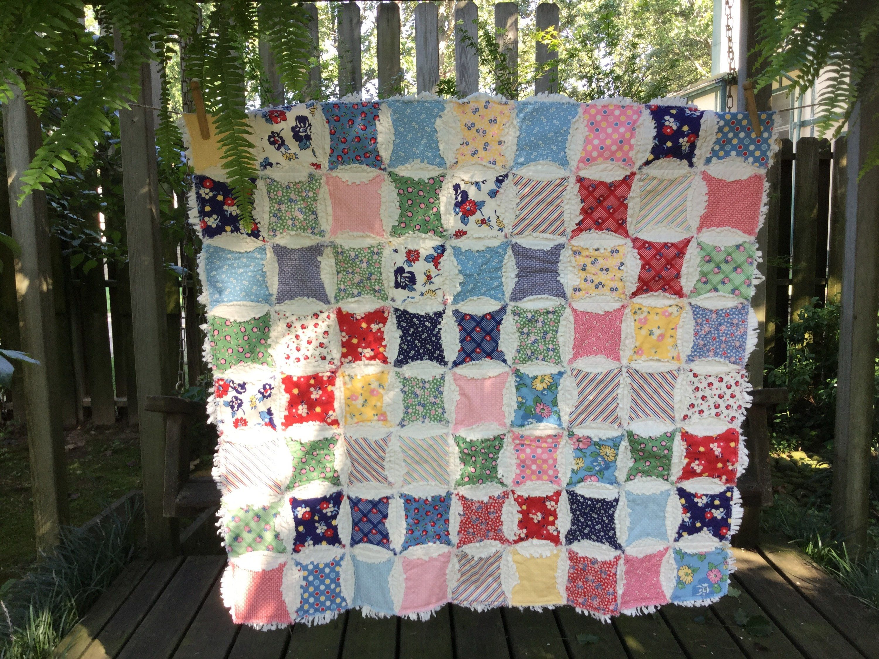 cathedral window rag quilt, 1930s circle rag quilt, vintage look ... : cathedral window rag quilt - Adamdwight.com