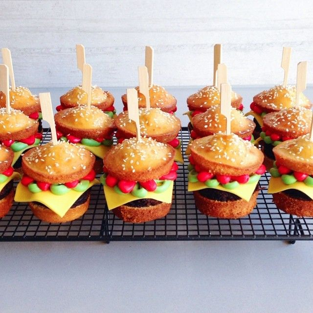 cupcake hamburger by Katherine Sabbath