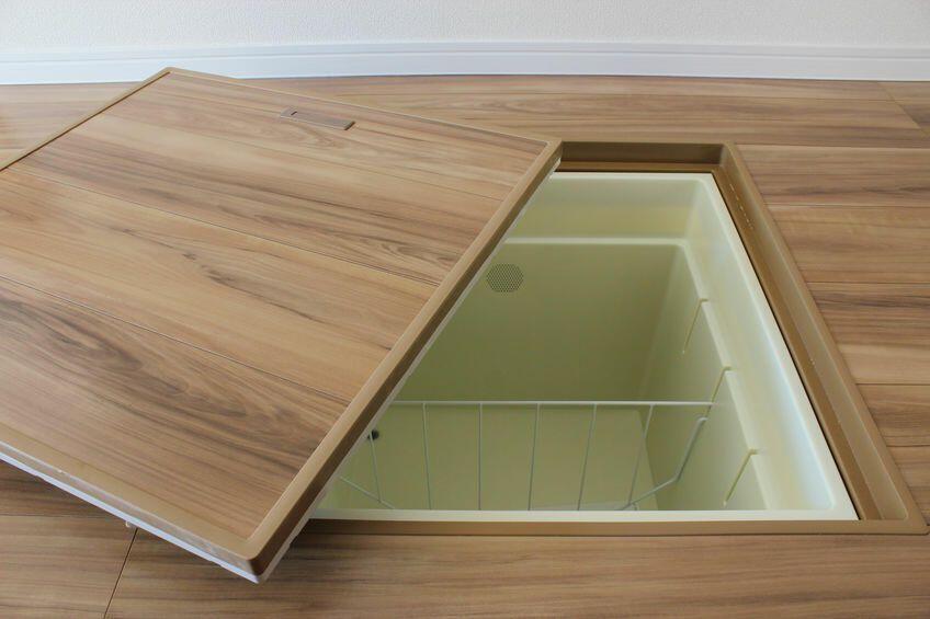 床下収納の取っ手が開かない 壊れたときの交換の仕方とは 床下収納 床下 収納
