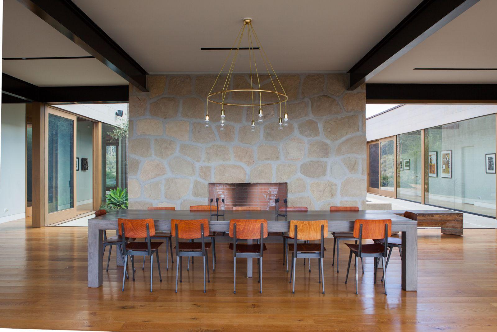 1158290003581577-laurejolietphoto-6785.jpg   House interior