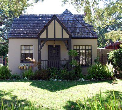 Small Tudor Revival Interiors | 2102 Bowdoin Street U20141931