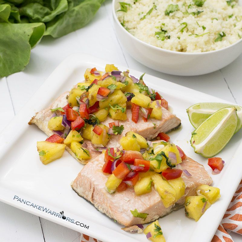 This mango salsa salmon is a quick and easy dinner recipe! Gluten free, grain free, paleo and Whole30 approved this salmon is ready in under 10 minutes, perfect for busy weeknights! | www.pancakewarriors.com
