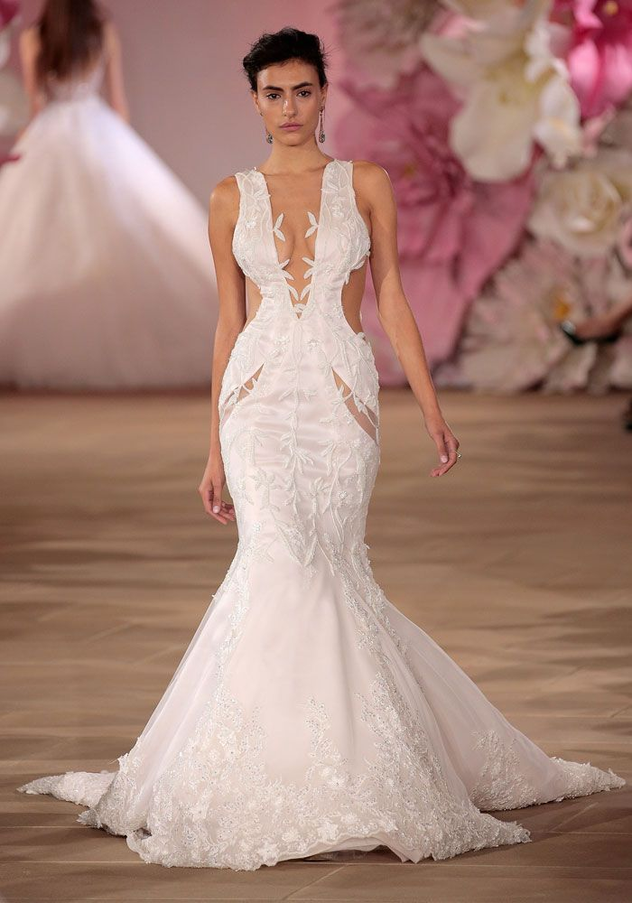 2017 wedding dress trend you need to about cut outs