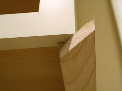 how to install a kitchen cabinet light rail light rail cabinet rh pinterest com how to install a kitchen cabinet hinge how to install a kitchen cabinet lock
