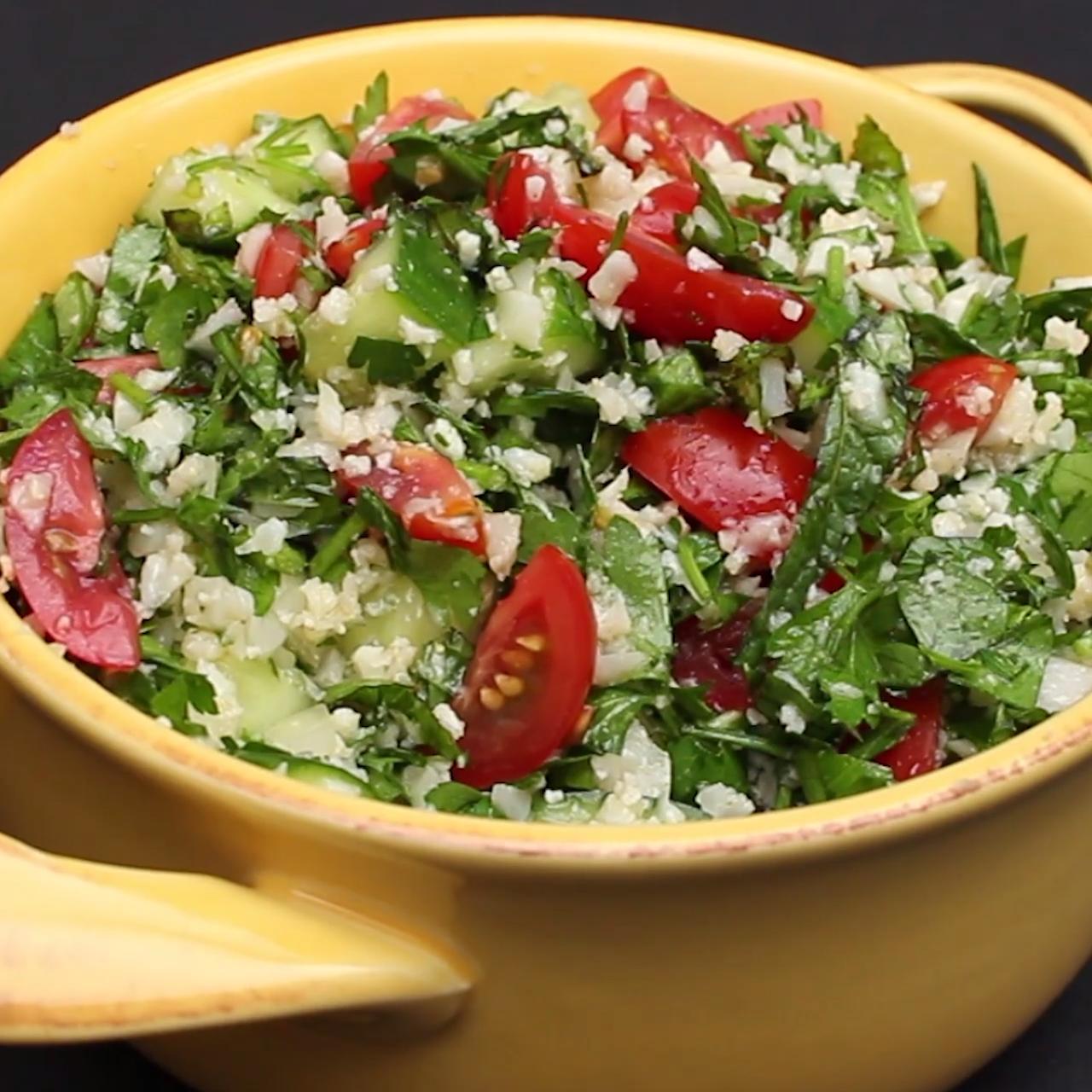 Tabbouleh Salad With Cauliflower Rice