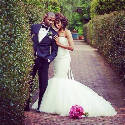 lovely wedding dress #black #bride   Wedding Dresses   Pinterest   Dumm