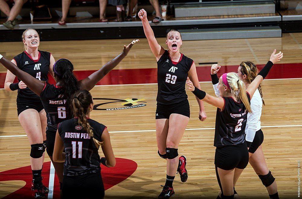 APSU Volleyball Teams both earn AVCA Team Academic Awards