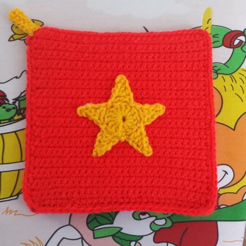 Crochet Vietnam Flag Potholder