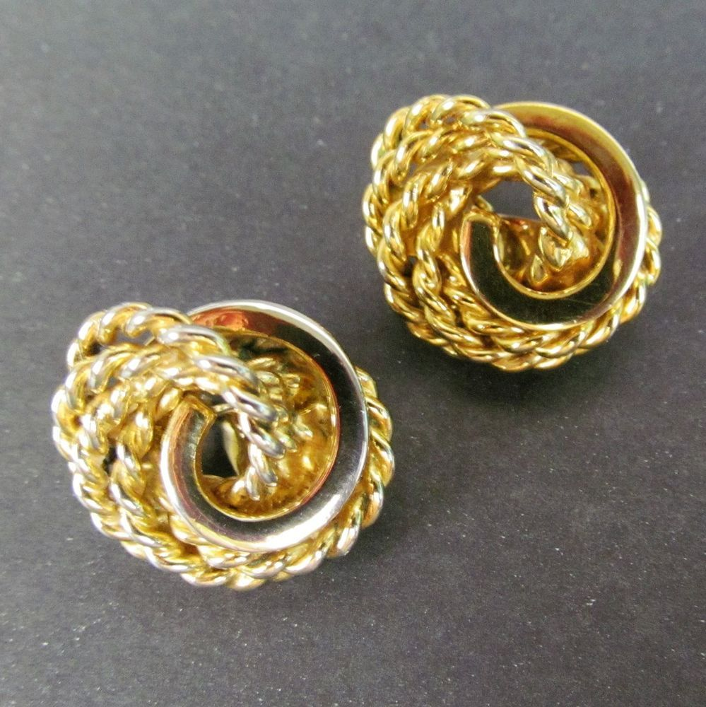 Monet Jewelry Monet Gold-Tone Swirled Clip-On Earrings gfpjV