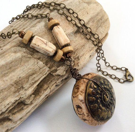 Pendant necklace faux artifact