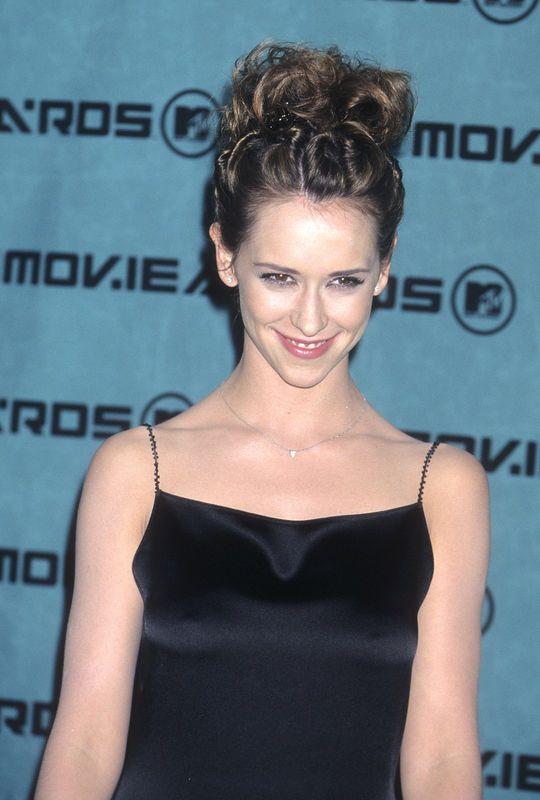 Jennifer Love Hewitt 90s 90s Hairstyles Hair Styles Womens Hairstyles
