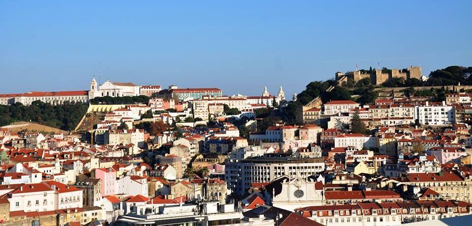 Lisboa vista do miradouro de São Pedro de Alcantara