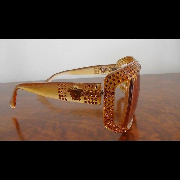 302de6db2b6 Very rare vintage GIANNI VERSACE Medusa sunglasses Original  VERSACE  Made  in Italy MOD.