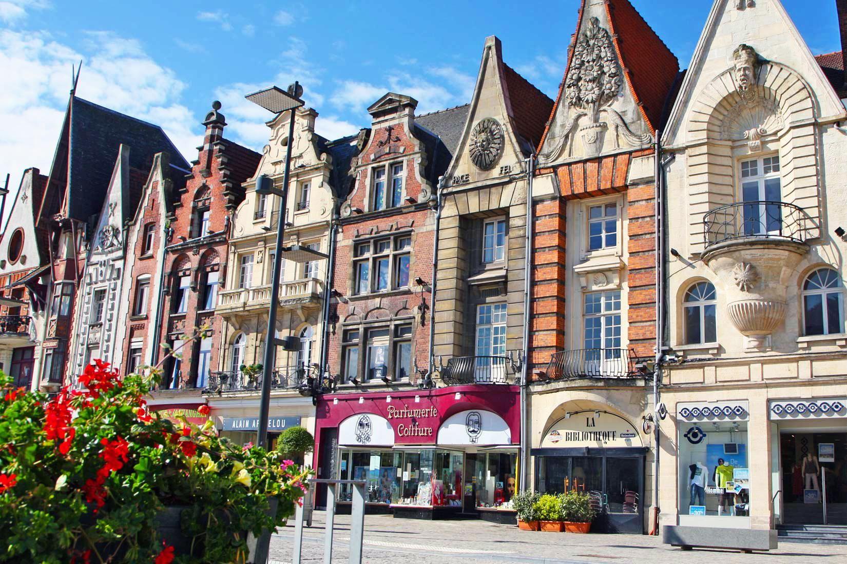 Houses In Bethune Pas De Calais France Paysage France France
