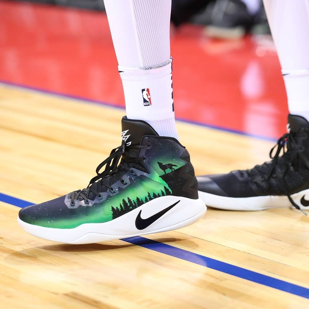 the best attitude dff49 ede2d Nike Hyperdunk Wolves Karl Anthony Towns