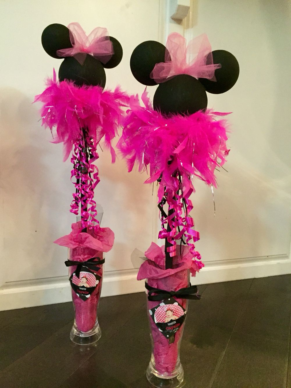 Minnie Mouse Bowtique centerpieces Minnie birthday