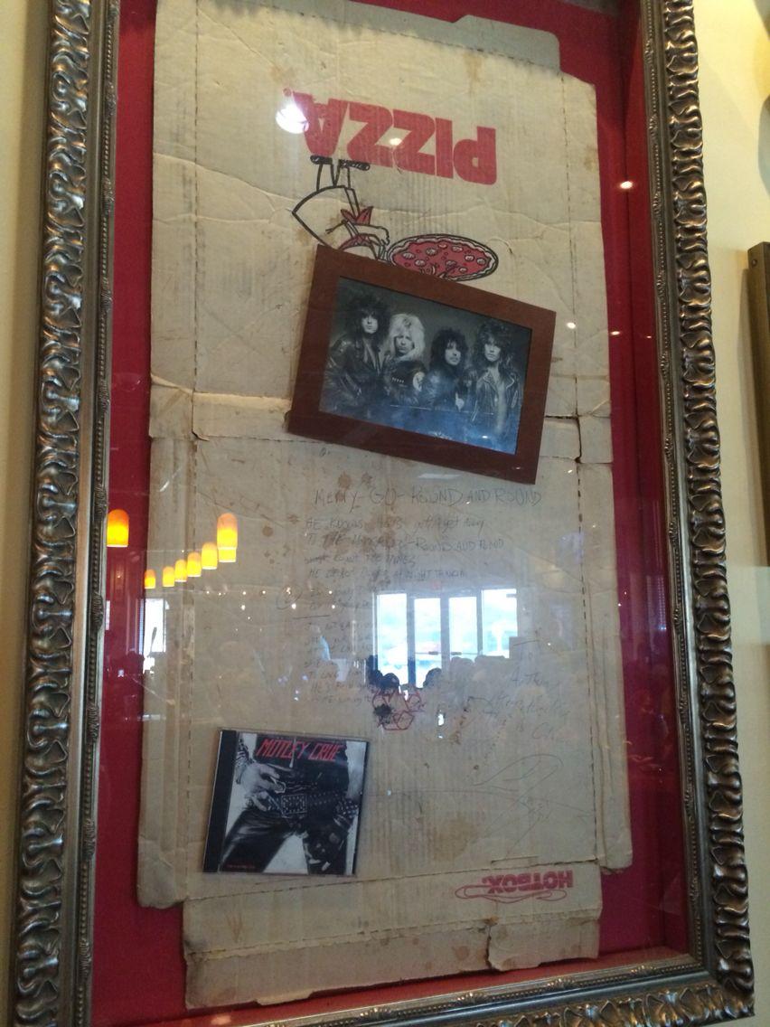 Crües Lyrics Of Round N Roundon A Pizza Box Hardrock