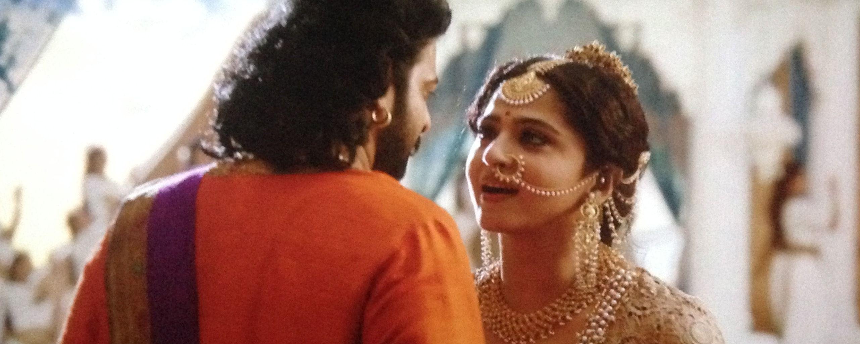 anushka shetty goddess looks is charismatic in bahubali 2 | bahubali