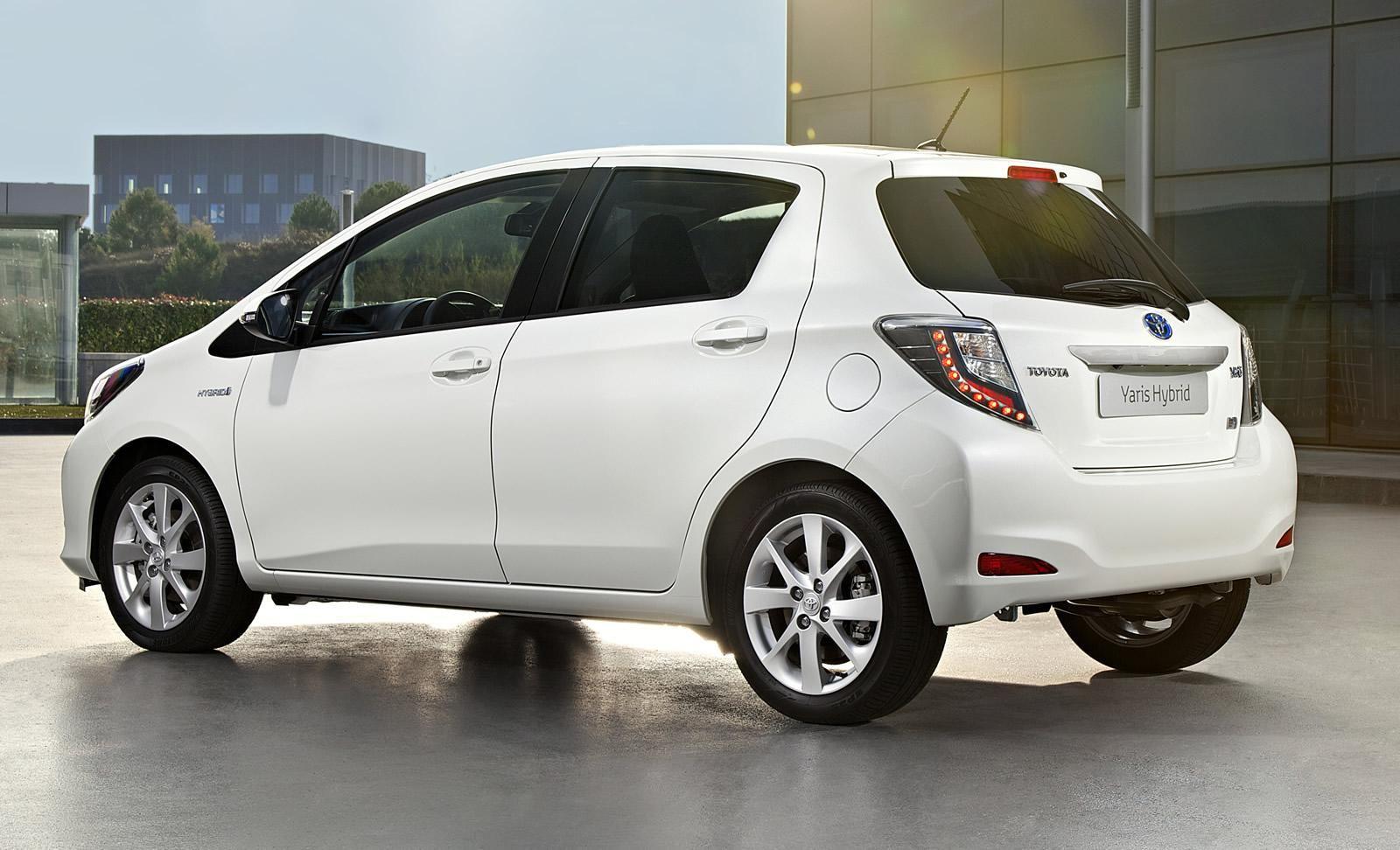 Toyota Yaris Hybrid 2012 Toyota Carros