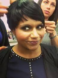 Mindy Kaling Short Hair Google Search Short Hair Styles Mindy Kaling Hair Beauty