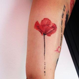 Poppy Flower Tattoos Google Search Coquelicot Tatouage